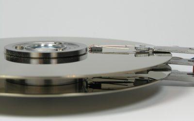 Odzyskiwanie danych z dysku Hitachi HTS547575A9E384