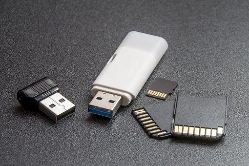 odzyskiwanie danych z kart pamięci i pendrive